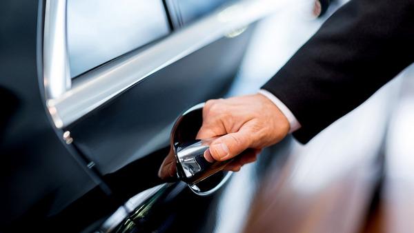 Продал машину - пришел штраф: что делать если приходят штрафы на проданный автомобиль?